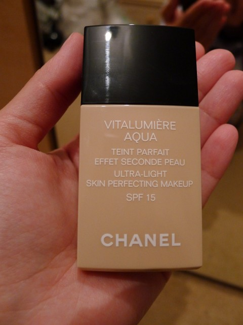 Chanel Vitalumiere Aqua Review 3
