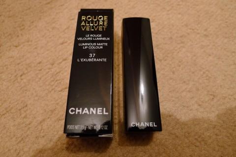 Chanel Rouge Allure Velvet Lipstick Review 1