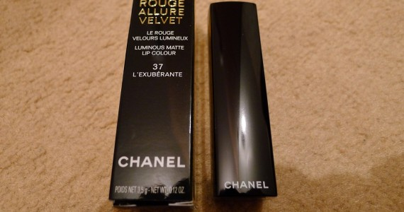 Chanel Rouge Allure Velvet Lipstick Review 1