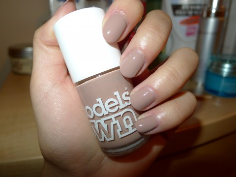 Models Own Nude Beige Nail Polish 5