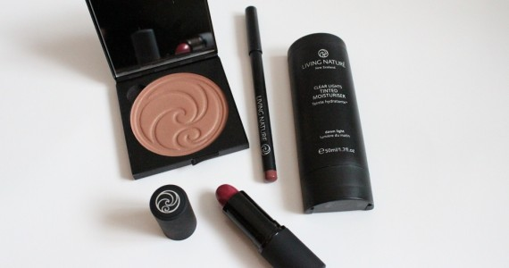 Living Nature Makeup Review 1