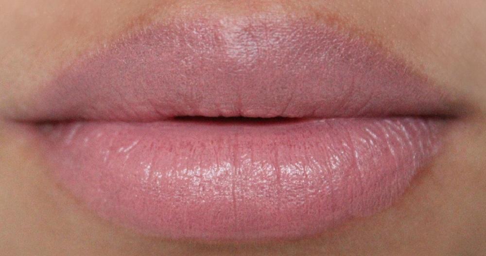 Yves Saint Laurent Rouge Volupte Nude Beige Lipstick Review 3