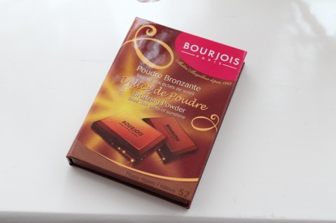 Bourjois Bronzing Powder Review 1