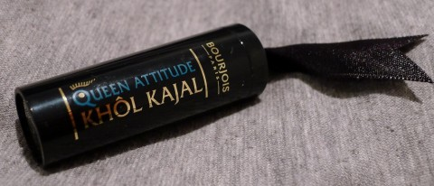 Bourjois Queen Attitude Kohl Kajal Eyeliner Review 1