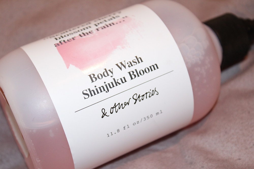 & Other Stories Shinjuku Bloom Body Wash Review 2