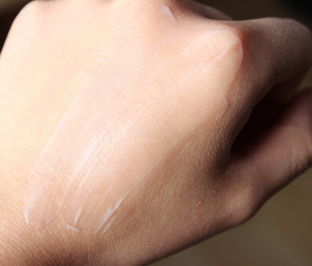 Simple Hydrating Light Moisturiser Review 4