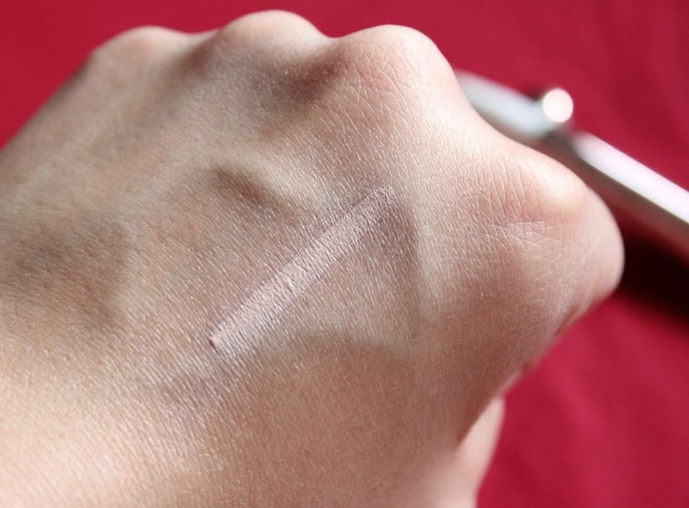 L'oreal Lumi Magique Highlighting Pen Review 4