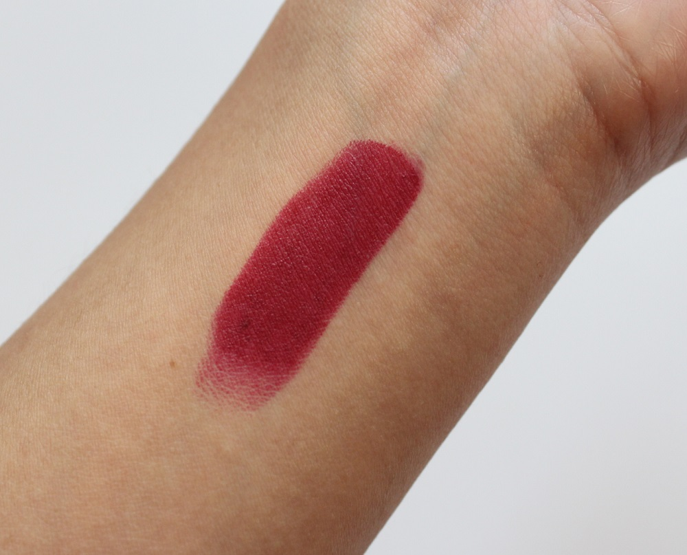Rimmel Kate Moss 107 Lipstick Review 3